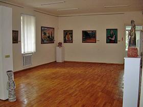 Посещение галереи и литературно-музыкальный вечер с участием отдыхающих